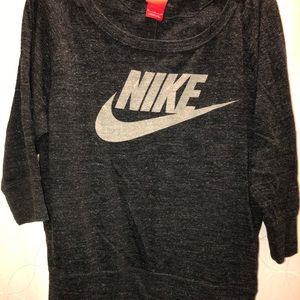Great condition - Nike Top - Medium